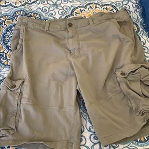American Eagle Men's Size 44 Cargo Shorts